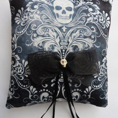 Coussin porte alliances skull crâne noir mariage gothique, victorien, tattoo, muertos, tête de mort, baroque, mariage alternatif