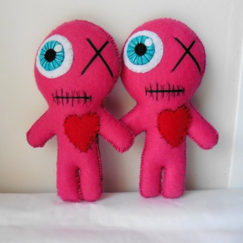 Poupées vaudou bff girl power rose, meilleure amie, voodoo, valentin, couple, mariage, soeur, amitié, lgbt, mariés même sexe