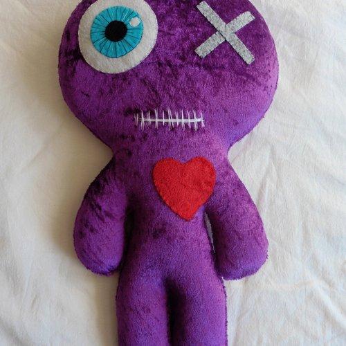 Grande poupée vaudou décorative peluche violet, coussin, momie, voodoo doll, saint valentin, couple, mariage, amour, cadeau mariés