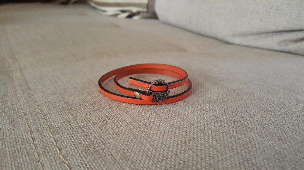 Bracelet en cuir orange fermoir passant argent