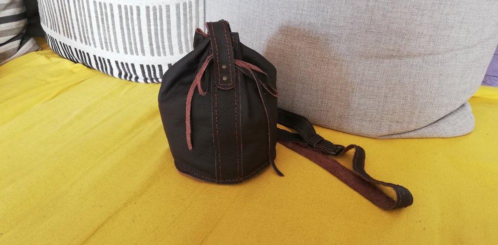 Petit sac à bandoulière en cuir marron