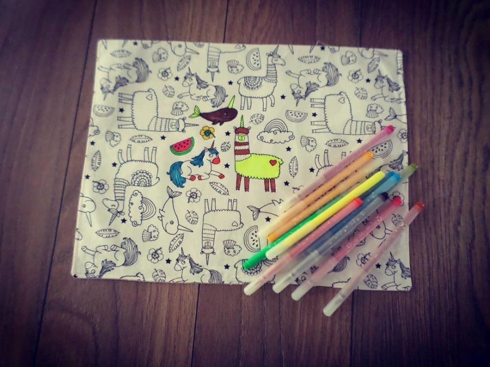 Set de table coloriage lavable