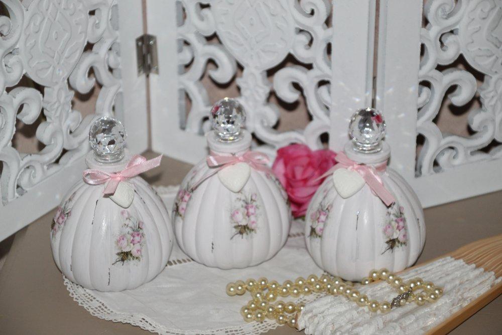 """Flacons décoratifs esprit shabby chic """"roses d'antan"""""""