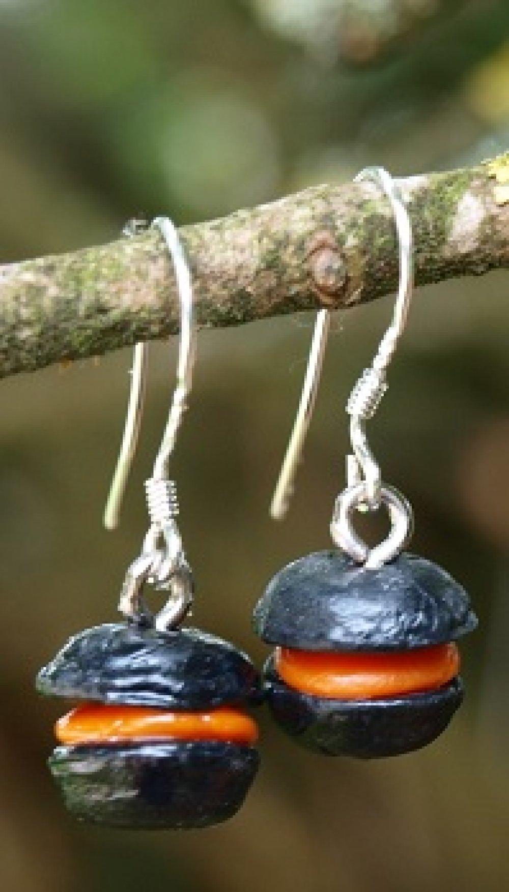 Boucles d'Oreilles Macarons Noir Orange