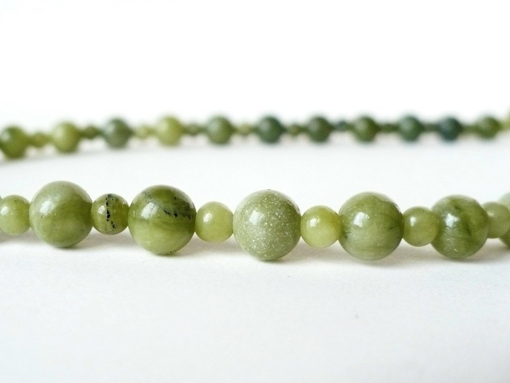 "Vert jade ronde 8 mm Collier 34/"" en gros cadeau /& Freshwater Pearl Léopard crochet"