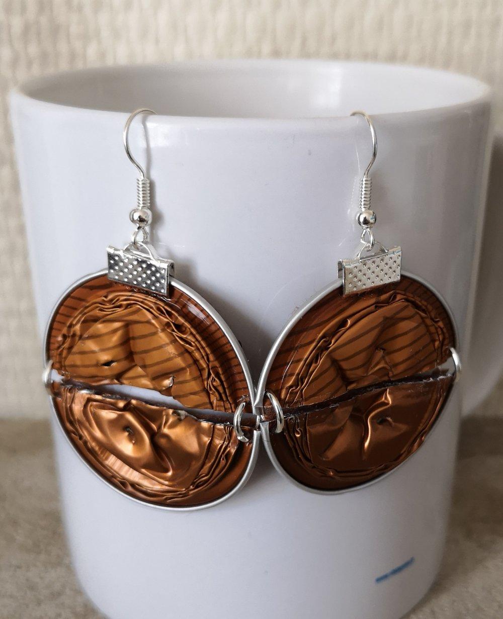 boucle d'oreille double capsule cuivre et marron rayé