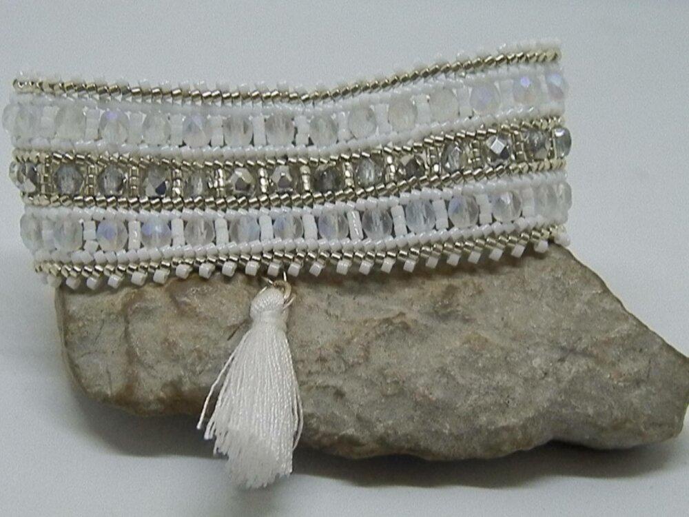 Bracelet tissé rocailles  et perles de bohème blanc et  argent