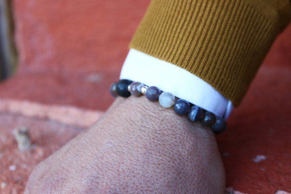 Bracelet - pierre gemmes (agate et perles de lave) - perles métal argenté