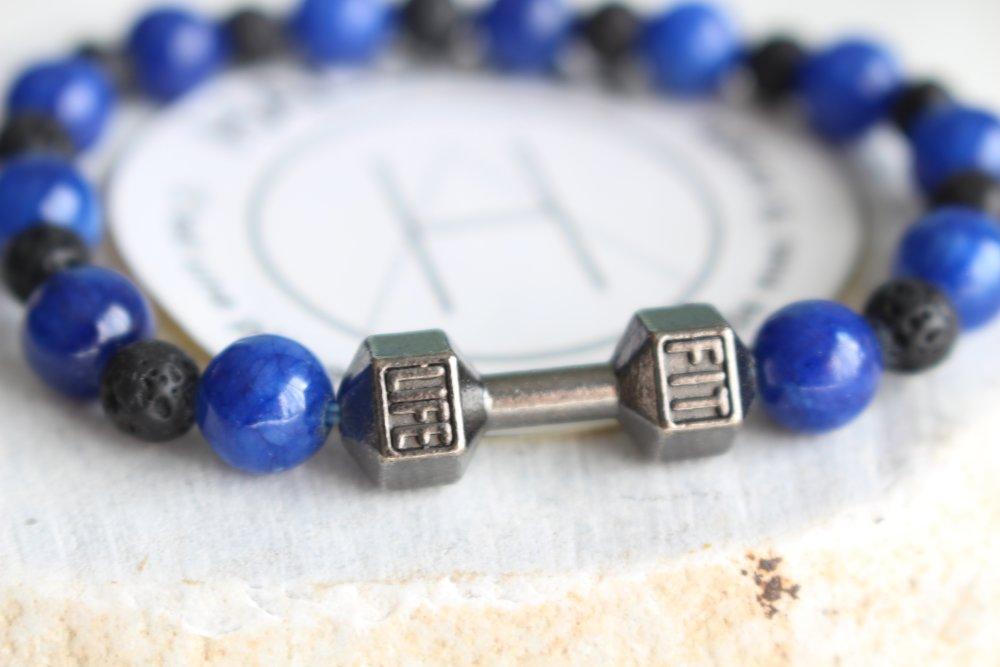 Bracelet homme en perles gemmes bleu et breloque haltères