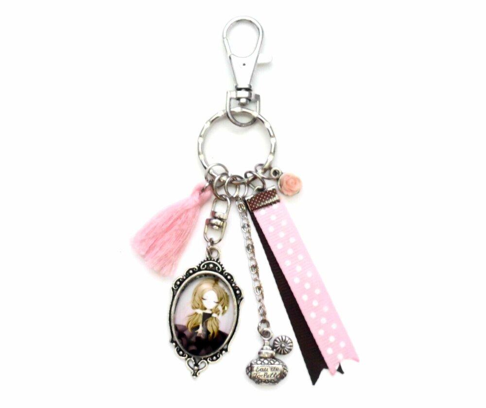 Porte clés bijoux sac fille en robe chic parfum idéal cadeau femme accessoire rose