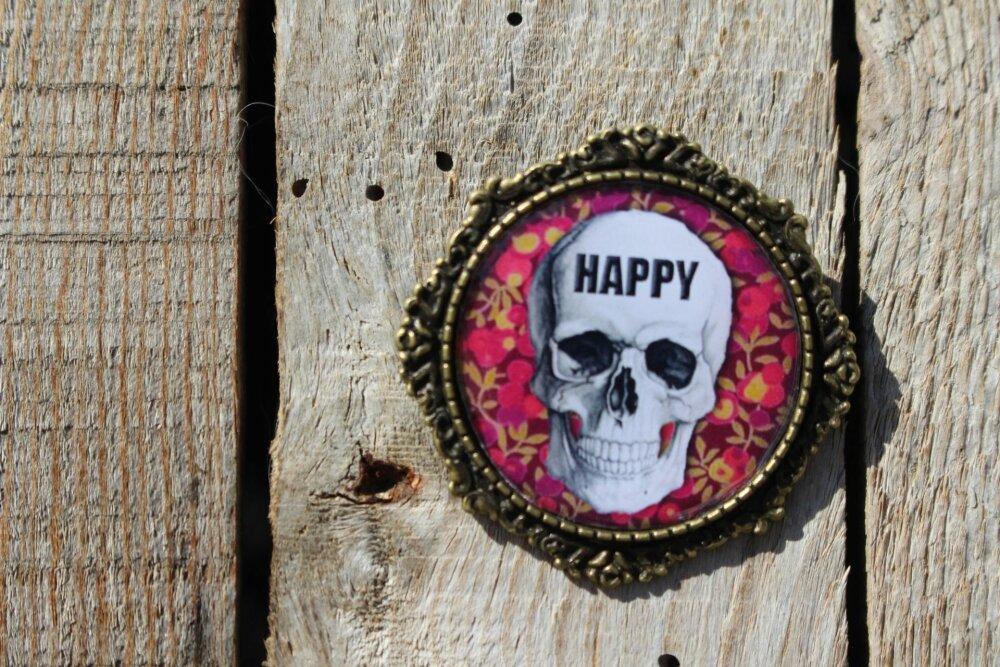 Broche - HAPPY Tête de mort - crane souriant,  rose bronze - cabochon - cadeau création à offrir ou à offrir -