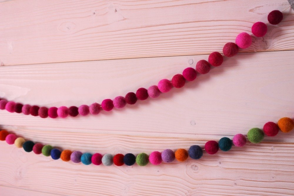 Guirlande pompons Roses Taille Maxi