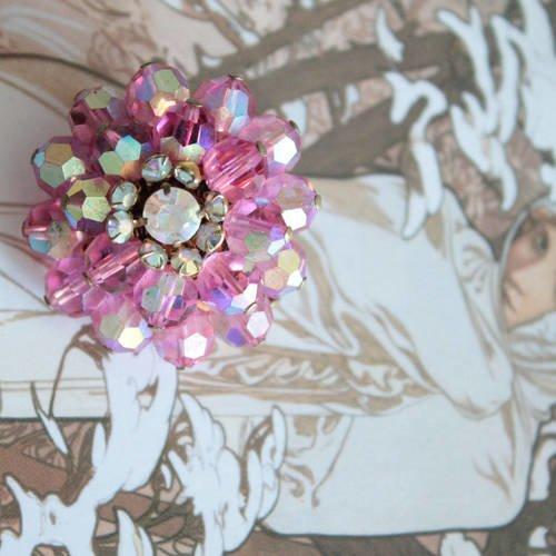 Broche fleur fantaisie vintage rose en perles de cristal, diamètre : 3 cm, fabriquée en france, 758