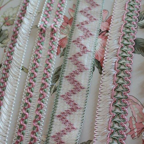 Passementerie, galon vintage ivoire,rose et vert, galon blanc à franges,2415