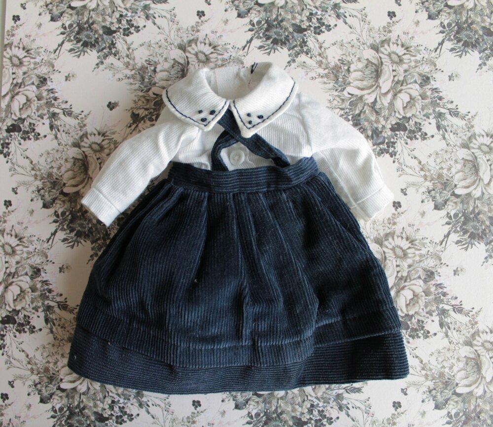 Vêtement vintage de poupée, 2214