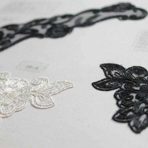 5 grands cols plastrons vintage en dentelle, de jacob rohner lingerie, blancs et noirs, broderie mécanique sur tulle, 1052