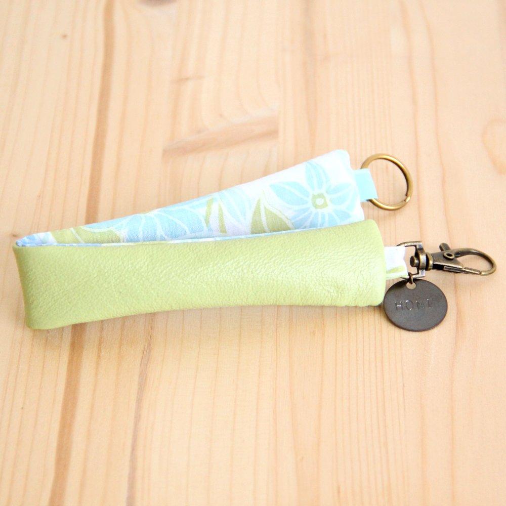Porte-clés en cuir anis recyclé