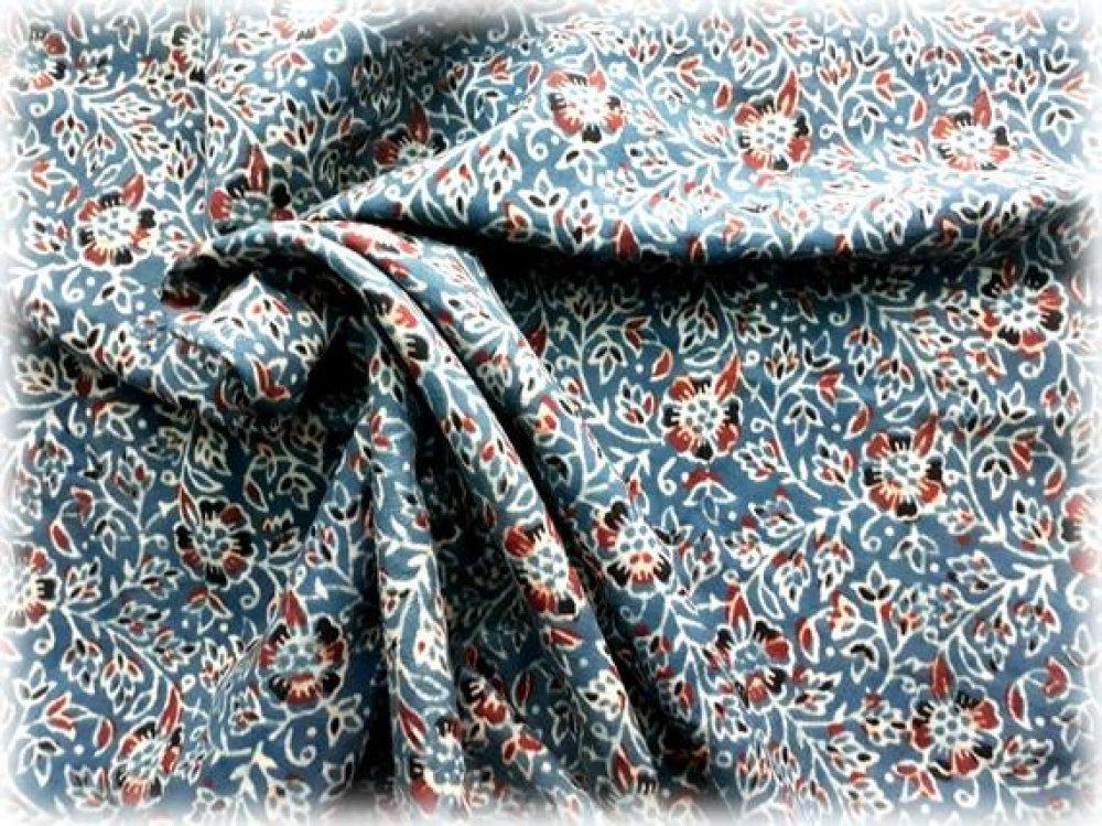 Tissu coton 165 x 110 cm Motifs imprimés à la main au block print/Bleu/Rouge/écru/Noir/Inde/Fleurs/Ajrakh