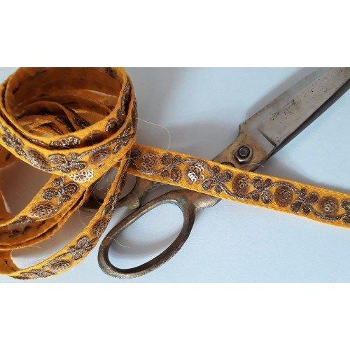 Galon brodé sequins inde largeur 1.8 cm scrapbooking mercerie couture customisation  jaune doré or fleurs
