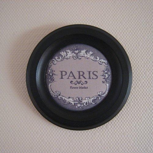 Cadre rond, cadre noir, tissu paris