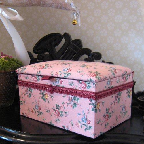 Coffret, boîte à bijoux, boîte de rangement