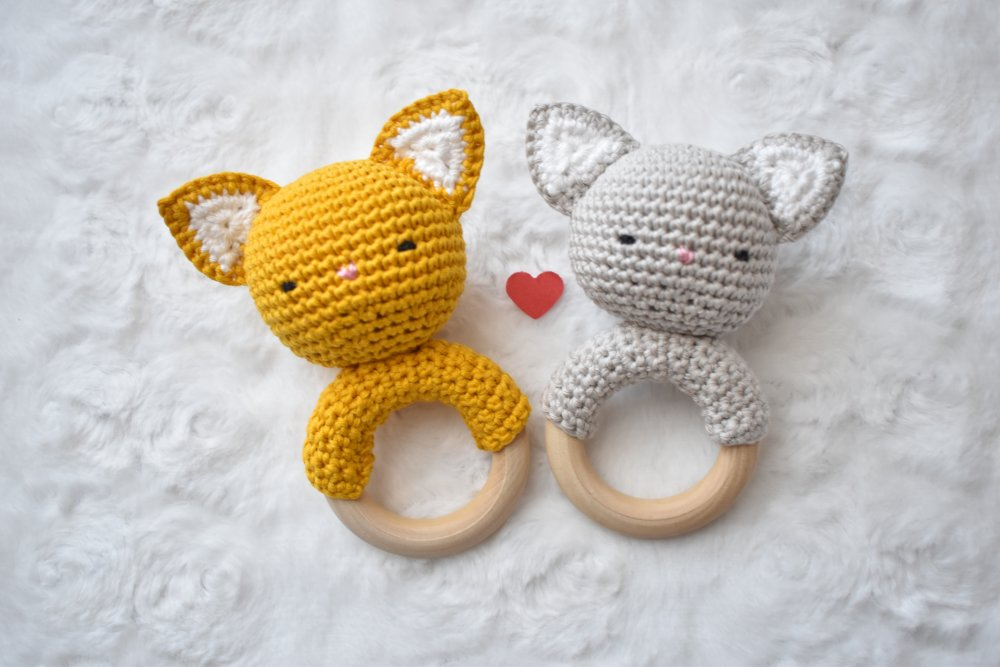 Sur commande Hochet chat coton BIO, hochet dentition, cadeau naissance, fait main, grelot, jouet eveil