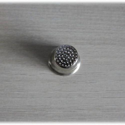 Dé à coudre classique en métal - petit modèle