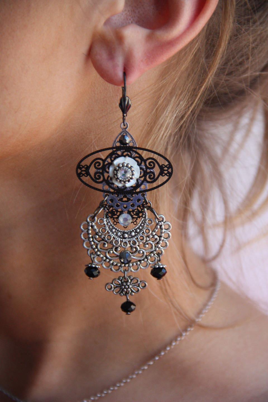 Boucles d'oreilles arabesque croissant de lune argenté et noire