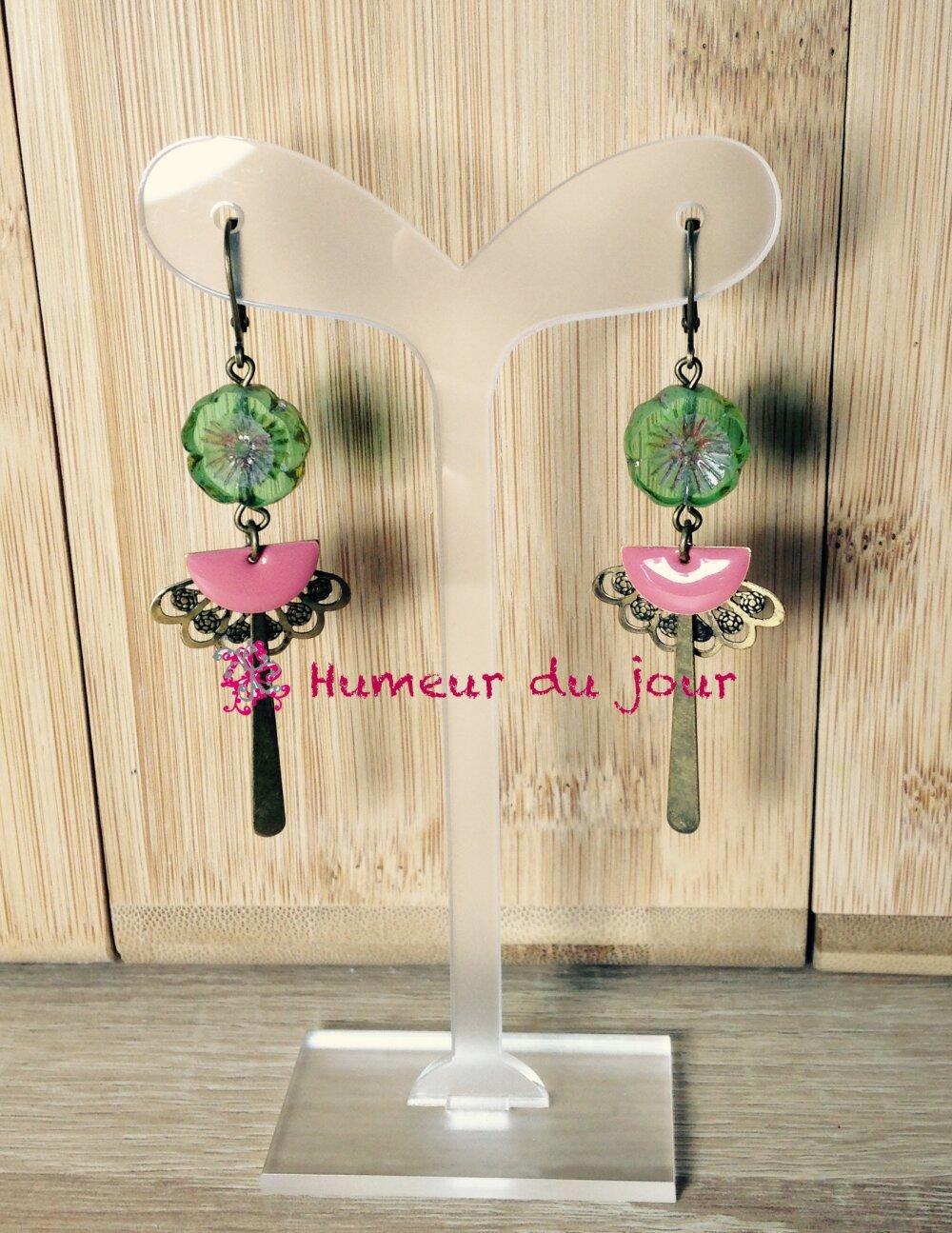 """Boucles d'oreilles """"Japonaises"""" verte et rose"""