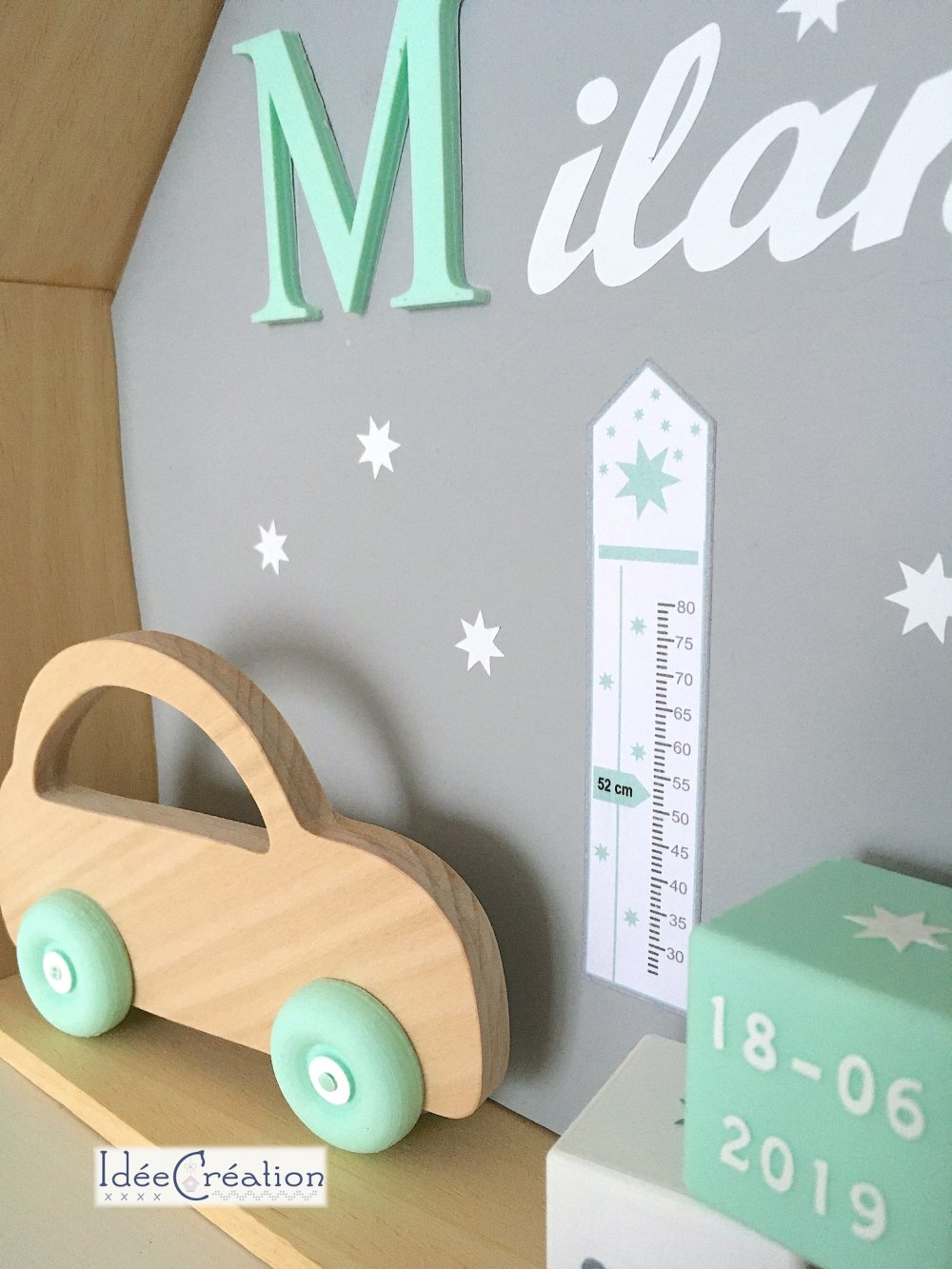 Cadre prénom naissance au prénom de l'enfant, Cadre Maison, Etagère Nichoir, modèle vert menthe, gris et blanc
