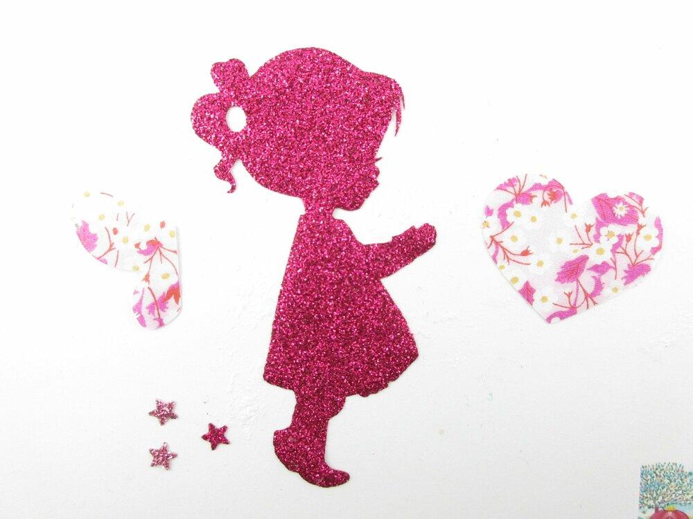 Appliqué thermocollant Petite fille fée qui tient un coeur liberty Mitsi valeria fuchsia flex pailleté patch à repasser