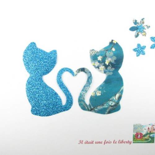 "Appliqués thermocollants chats en liberty pamela judith bleu,  ""couple de chats amoureux""."