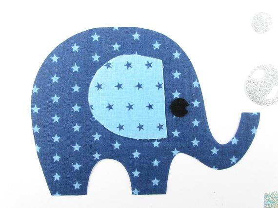 Appliqué thermocollant éléphant en tissus bleus étoilés et flex pailleté