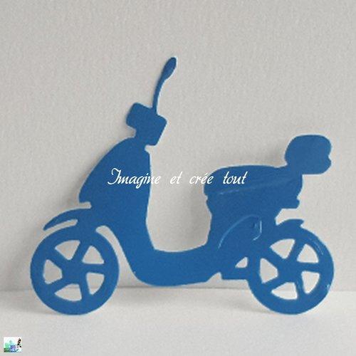 Découpe scooter, embellissement, scrapbooking, déco, découpe en papier vinyle brillant