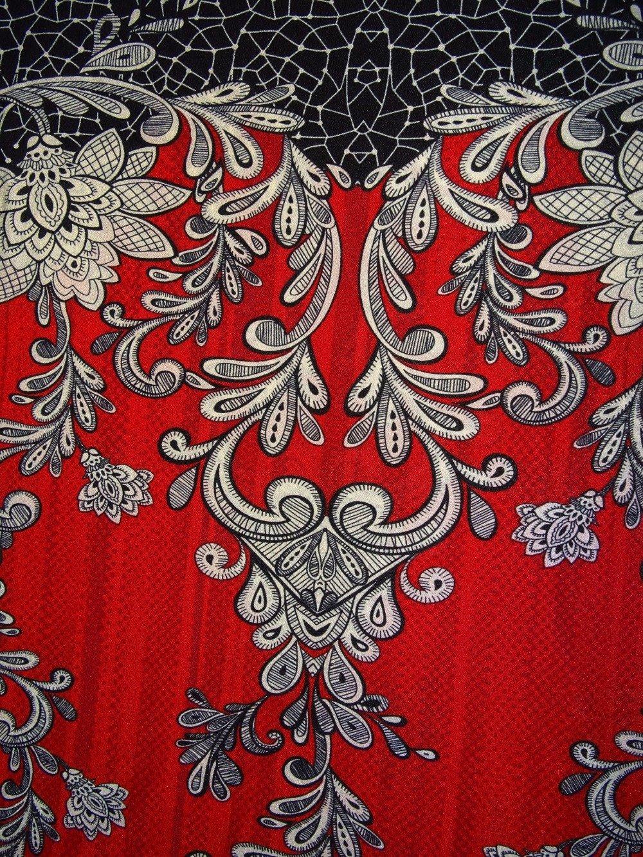 Ensemble top , jupe longue ' Red Life ...'