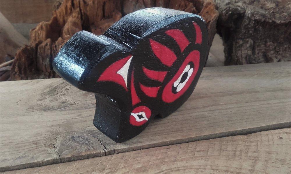 Ours en bois peint style Haïda - ref: HB 2