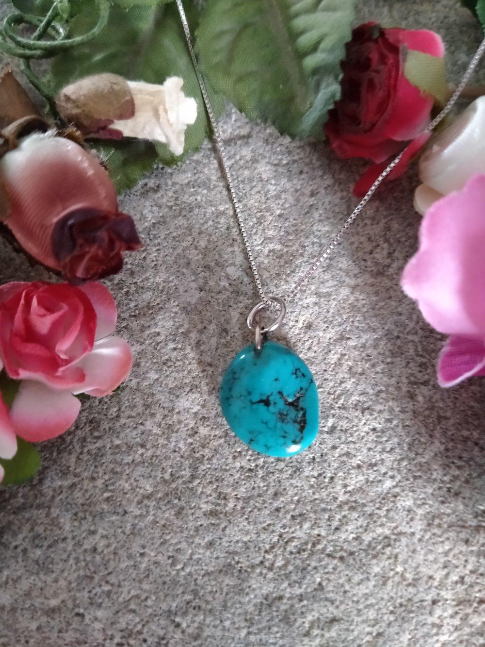 collier pendentif turquoise, collier pendentif pierre naturelle