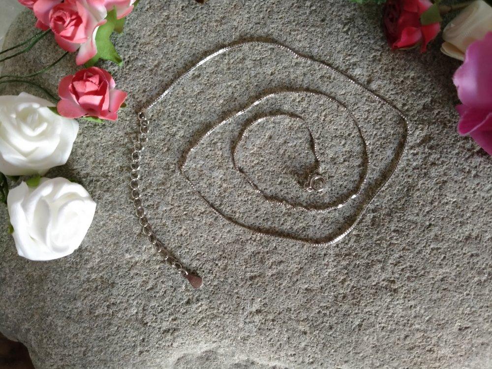 collier pendentif rubis, collier pendentif pierre naturelle