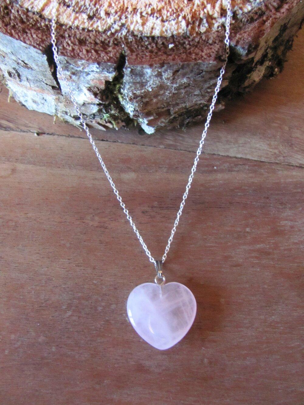 collier pendentif quartz rose, collier pendentif pierre naturelle