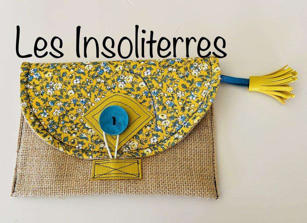 Pochette jute cuir coton Liberty jaune et turquoise pour ranger clés maquillage téléphone cartes