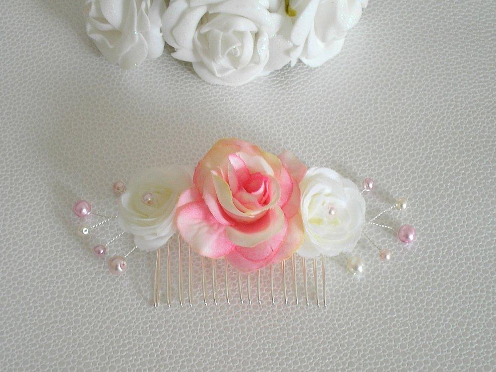 Parure Cheveux sur peigne Ref Rosia ivoire rose poudré et rose pale