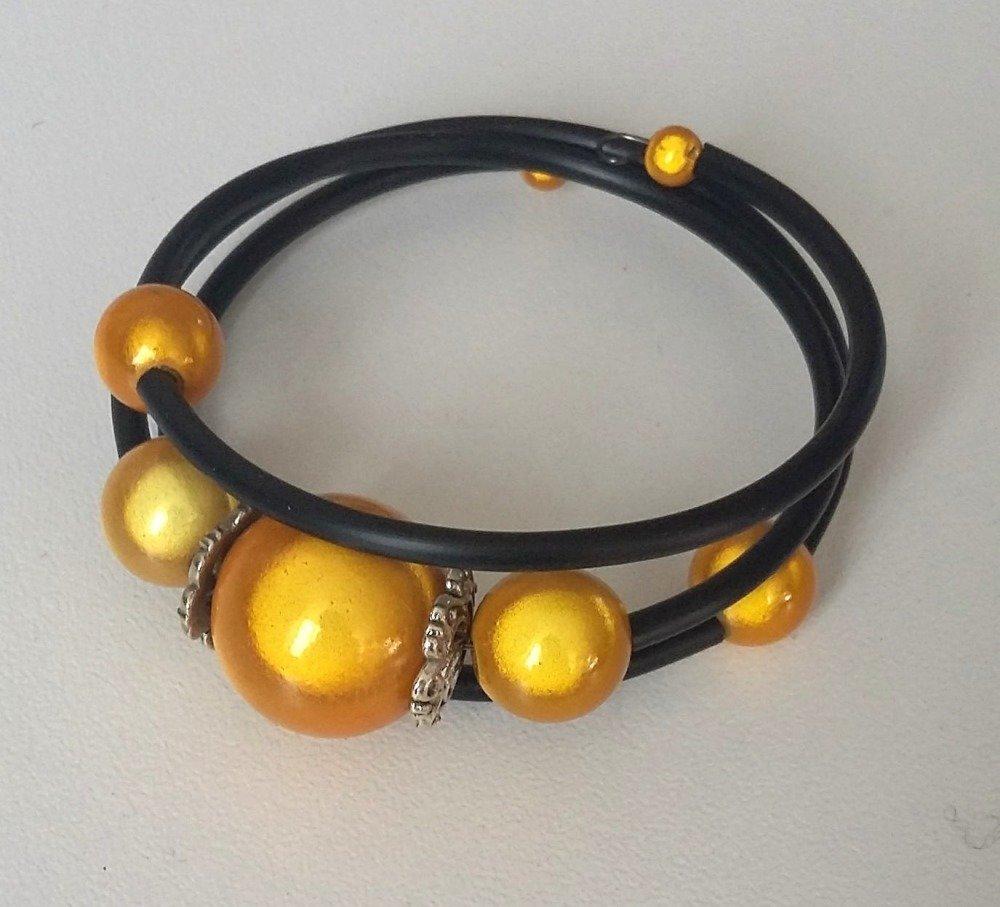 Bracelet 3 tours perles magiques jaunes