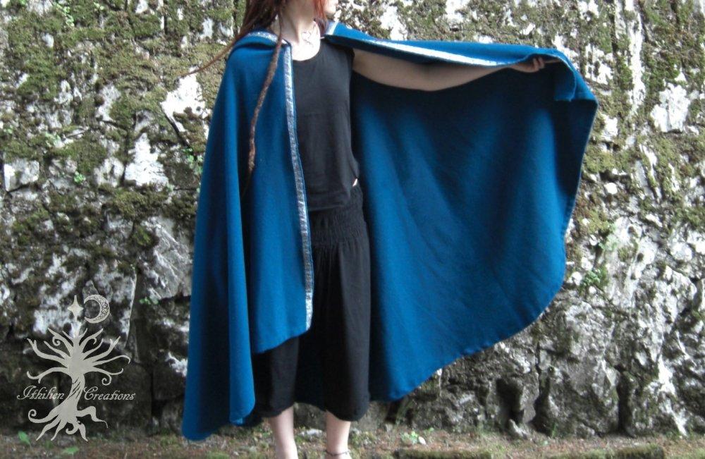 Enfants de Lórien Cape à capuche en laine