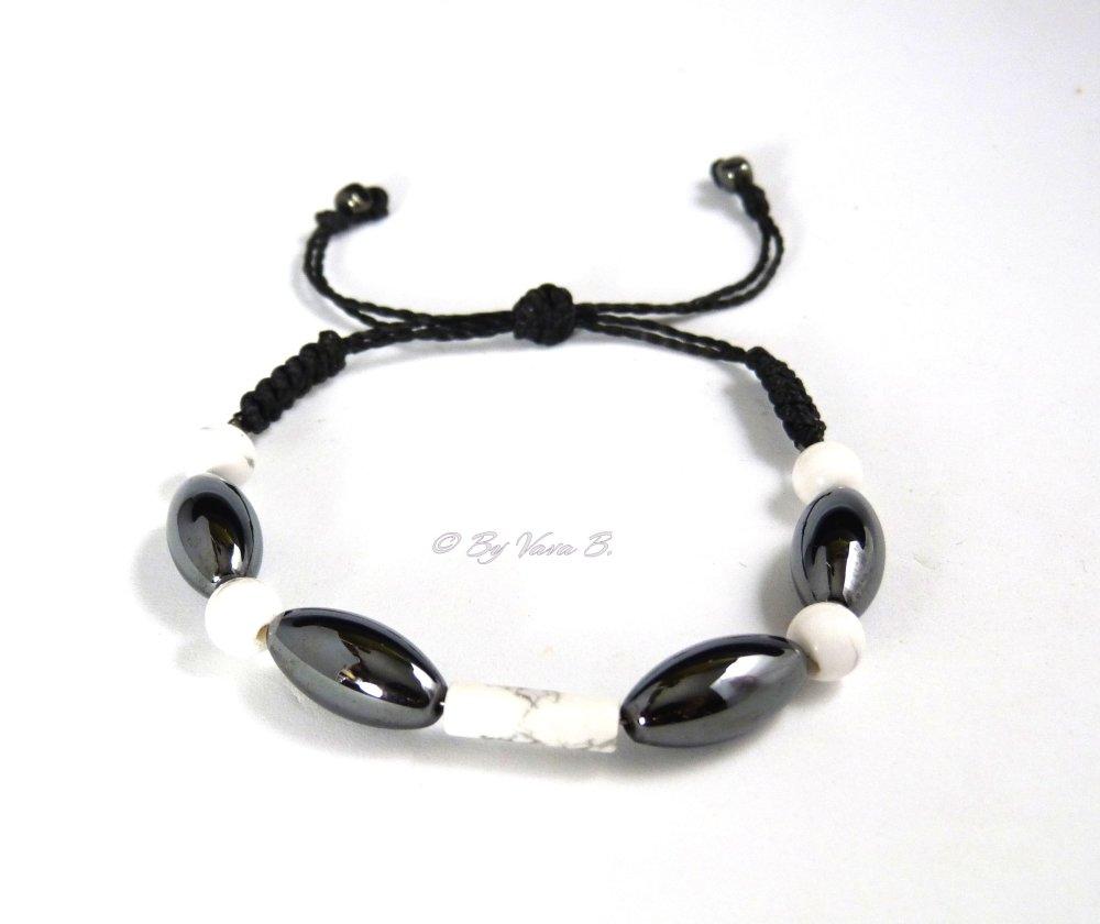 Bracelet en macramé et gemmes - Hématite et Howlite - Réf. Br 0351