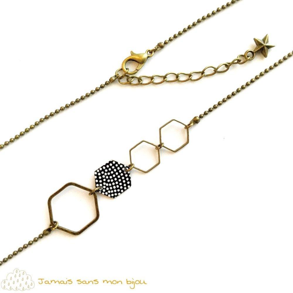 Collier original asymétrique pendentif hexagone motif papier japonais pois blancs sur fond noir