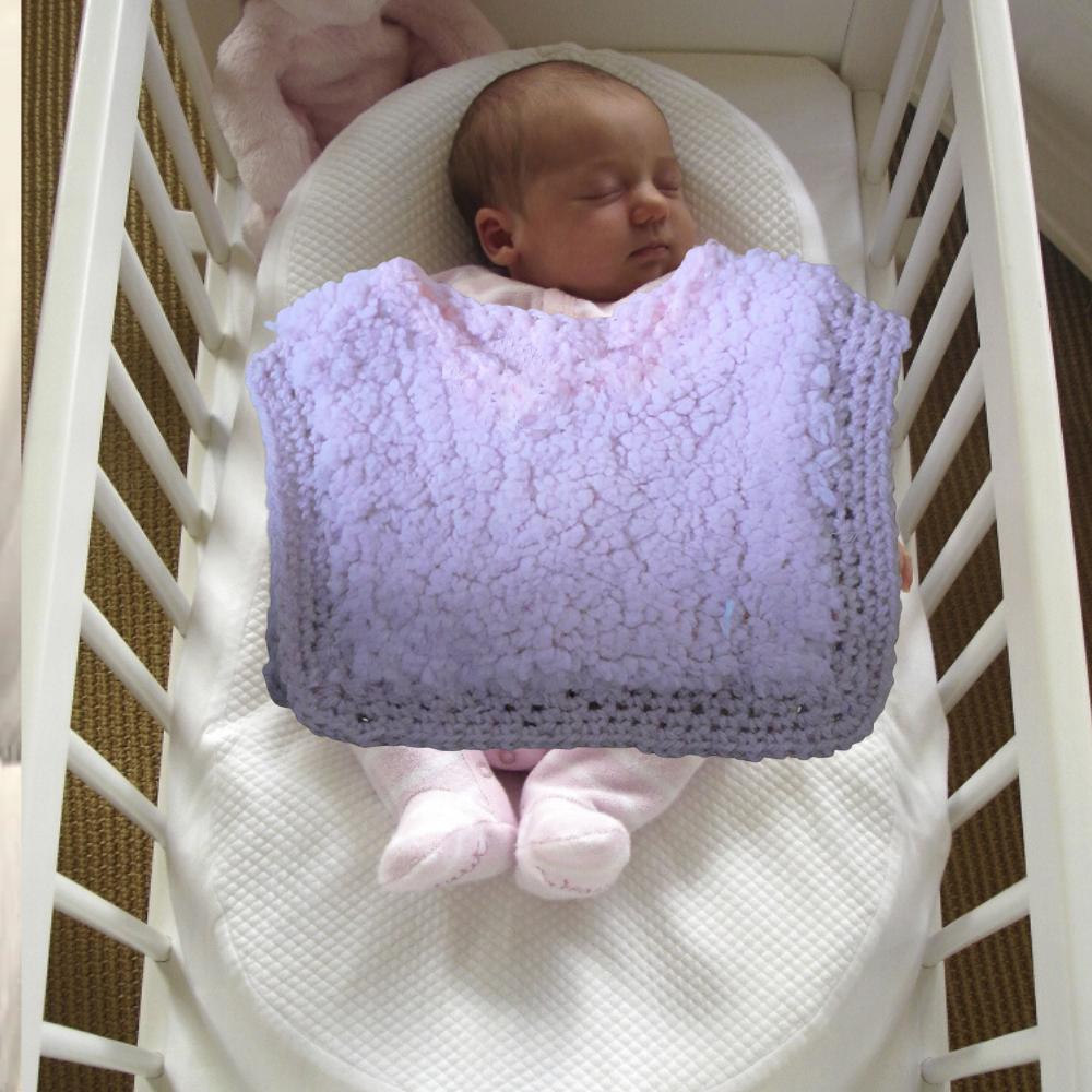 Poncho bébés filles naissance fausse-fourrure moutonnée rose poudré fait-main
