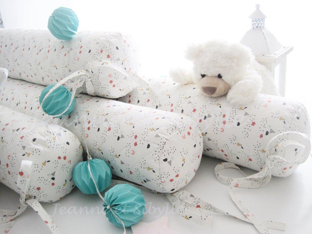 Coussin bébé Diamètre 12 cm pour lit 60 x 120 lot de 4 boudins réducteur de lit, tour de lit bébé ou cabane.