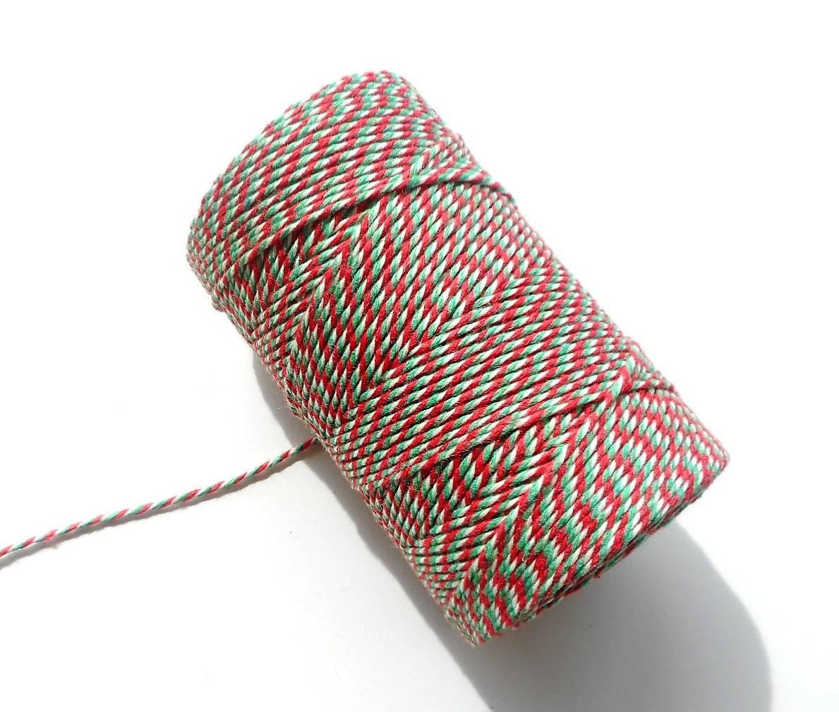 """Coupon de 10 mètres de ficelle """"Baker twine"""", rouge, vert et blanc, 2 mm"""