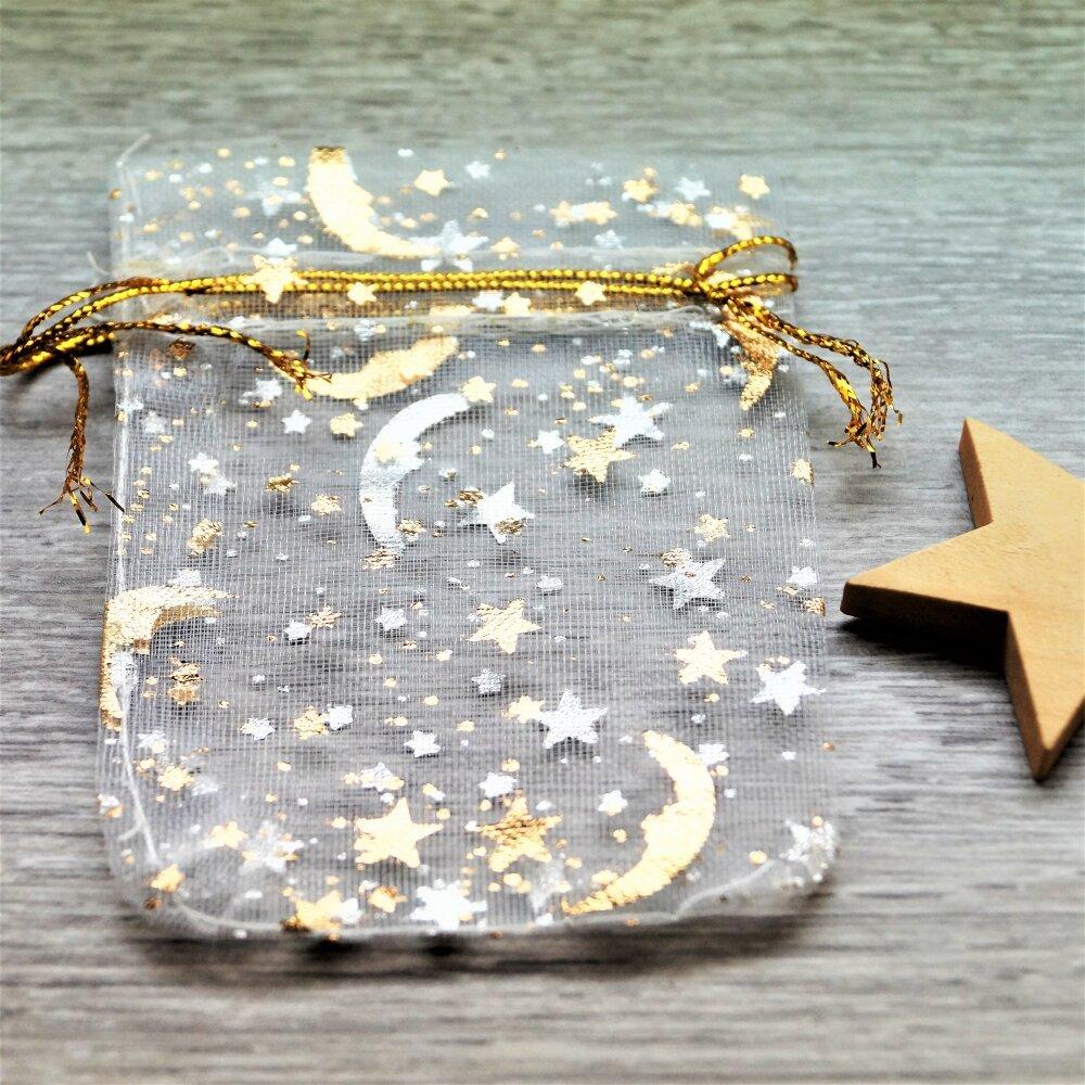 Sacs cadeaux organza blancs et dorés étoiles et lune par lot de 10, 7*9 cm