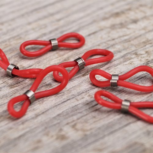 Embouts pour cordons lunettes 20*5 mm en silicone rouge par lot de 10